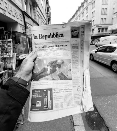 La republica Newspaper about Stephen Hawking Death on the first