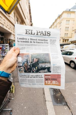El Pais about dead of Stephen Hawking