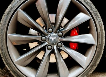 Tesla Model S insignia on steel rim