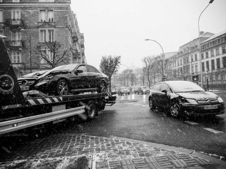 Mercedes-Benz and Citroen street accdient tow truck snowy day