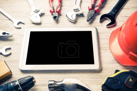 Set of industrial tools and tablet