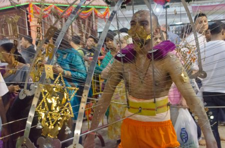 Hindu devotee carrying the kavadi