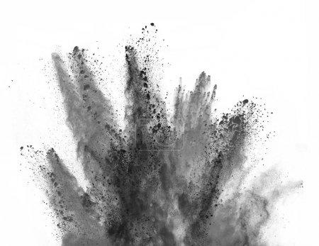 Photo pour Explosion de poudre noire, isolée sur fond blanc - image libre de droit