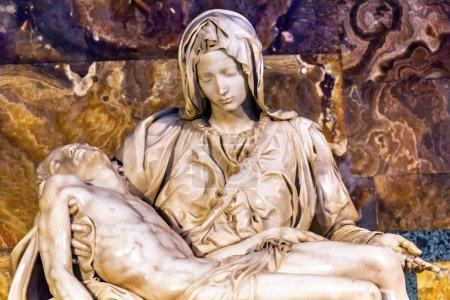 Michaelangelo Pieta Sculpture Vatican Rome