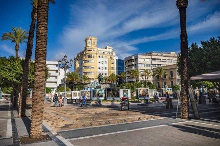 Photo pour Jerez De La Frontera, Espagne - vers novembre 2019 : la Plaza del Arenal de Jerez de la Frontera en Andalousie, Espagne - image libre de droit