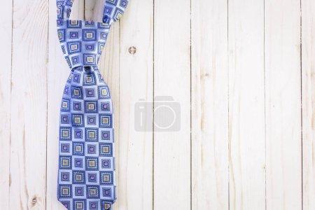 Color man's tie