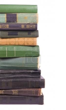 Photo pour Pile de livres isolés sur fond blanc - image libre de droit