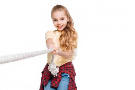 Kid play tug of war