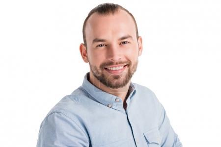 Photo pour Portrait de jeune homme beau sourire à la caméra, isolé sur blanc - image libre de droit