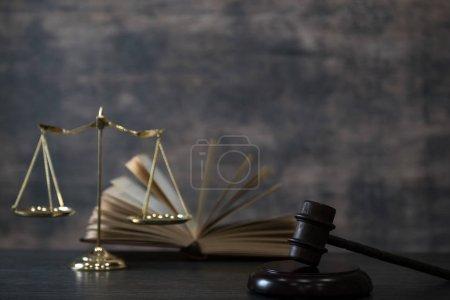 Photo pour Image de la notion de droit. Bureau des affaires juridiques - image libre de droit