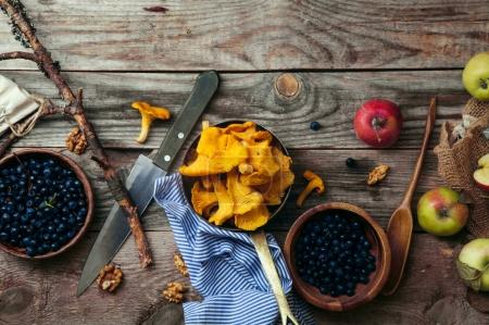Blueberry, apples and chanterelle mushrooms