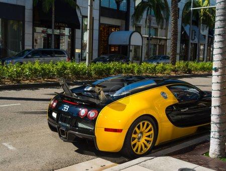 Bugatti Veyron in Rodeo Drive