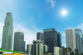 "Постер, картина, фотообои ""Сияющее солнце над downtown Лос-Анджелес"""