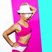 Model pop art beach accessories beach sports fashion