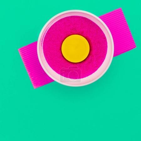 Foto de Mínimo de rosa brillante. Arte minimalista de colores - Imagen libre de derechos