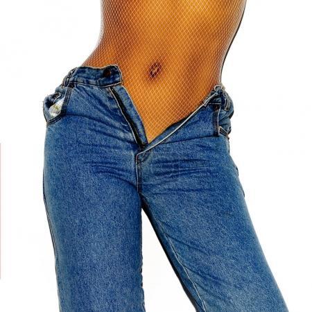 Photo pour Jeans vintage fille. Look élégant - image libre de droit