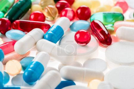 Medical pills and capsules