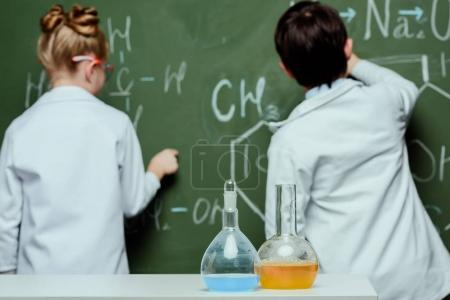 Little scientists in lab