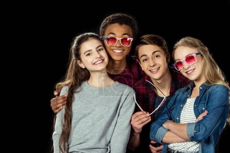 teens with pink sunglasses