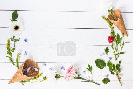Flores en conos de gofre