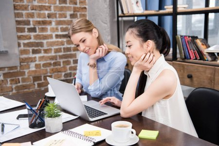 multiethnic businesswomen at workplace