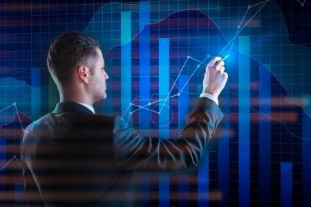 Photo pour Homme d'affaires pointant vers l'interface d'affaires numérique sur fond abstrait. Concept finances, avenir et économie. Double exposition - image libre de droit