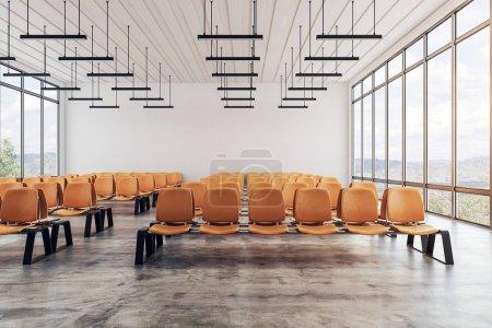 Foto de Interior con asientos y ventanas con vistas al paisaje del aeropuerto contemporáneo espera área. Concepto de viajes y estilo de vida. Render 3D - Imagen libre de derechos