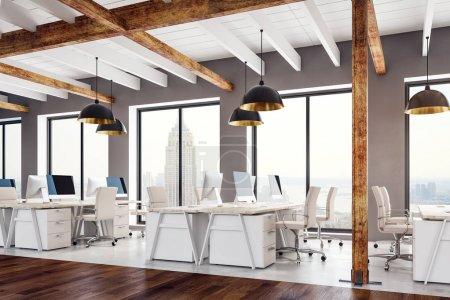 Photo pour Intérieur de bureau de coworking en bois avec vue sur la ville, lumière du jour et équipements. Rendu 3D - image libre de droit