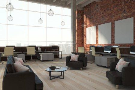 Photo pour Brique moderne coworking intérieur bureau avec vue sur la ville, de lumière et de bannières vides. rendu 3D - image libre de droit