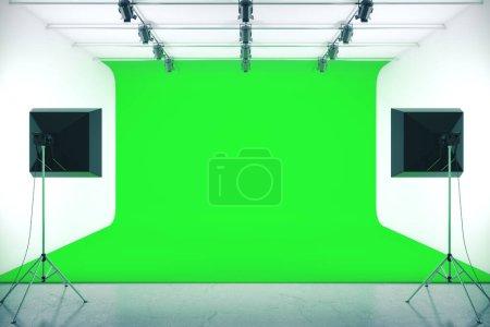 Photo pour Studio photo avec fond vert vide et équipement d'éclairage professionnel. Maquette, rendu 3D - image libre de droit