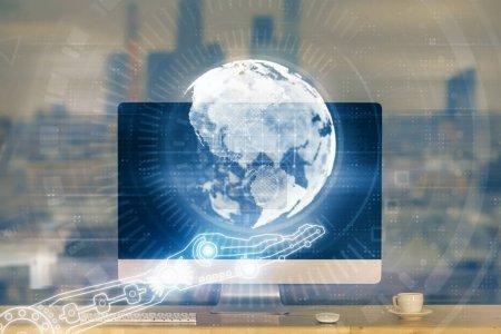 Photo pour Multi exposition de la table avec l'ordinateur et l'hologramme de carte du monde. Concept international de réseau de données. - image libre de droit