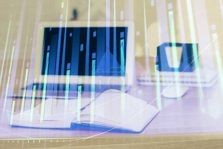 Photo pour Graphique du marché boursier et tableau avec fond d'ordinateur. Double exposition. Concept d'analyse financière. - image libre de droit