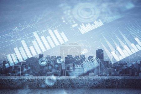 Photo pour Graphique de Forex sur la vue de ville avec l'exposition multi de fond de gratte-ciel. Concept d'analyse financière. - image libre de droit