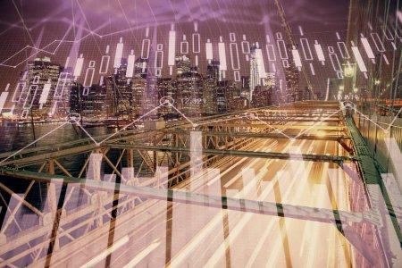 Photo pour Graphique de Forex sur le paysage urbain avec les bâtiments élevés fond multi exposition. Concept de recherche financière. - image libre de droit