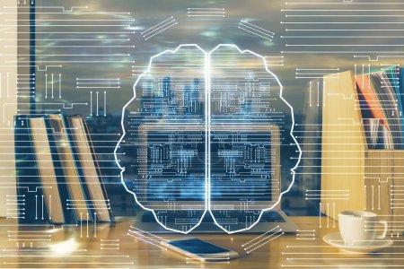 Photo pour Multi exposition de la table de travail avec ordinateur et hologramme cérébral. Concept de brainstorming. - image libre de droit