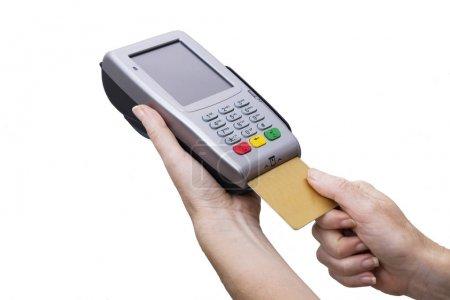 Photo pour Carte de crédit avec terminal de paiement électronique - image libre de droit