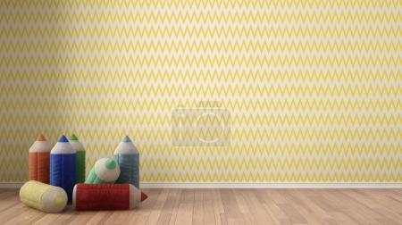 Photo pour Enfants minimaliste fond coloré avec des crayons de couleur farcis sur parquet, chambre d'enfant pépinière, papier peint jaune et blanc, design d'intérieur - image libre de droit