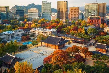 Autumn of Deoksugung royal palace and Seoul City H...