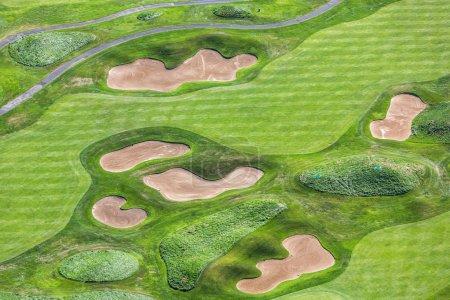 Photo pour Fond texturé avec vue aérienne du terrain de golf - image libre de droit