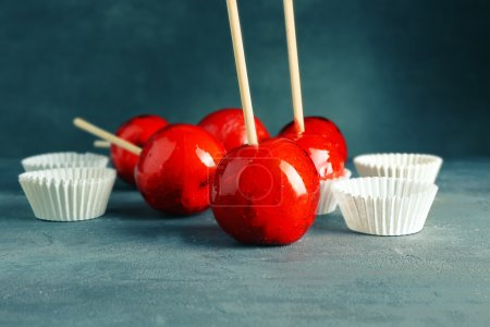 glossy Toffee apples