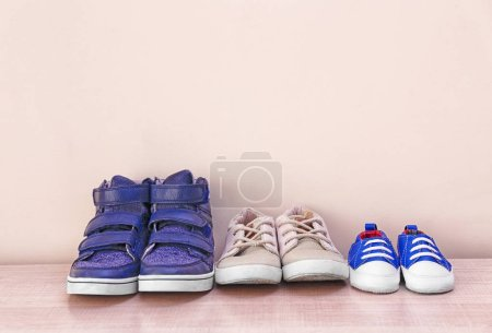 Different baby shoes