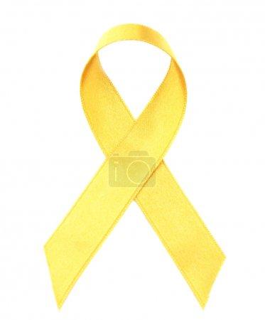 Photo pour Ruban d'or isolée sur blanc. Notion de cancer enfants - image libre de droit