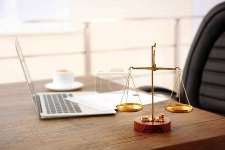 Photo pour Travail de bureau avocat vide, arrière-plan - image libre de droit