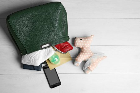 Maternity concept with handbag