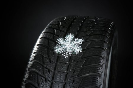 Rubber winter tire with snowflake
