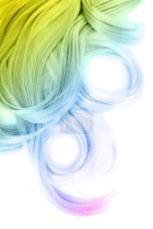 Photo pour Concept de coiffure tendance. Cheveux colorés teints sur fond blanc - image libre de droit