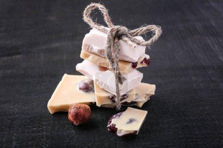 White chocolate with hazelnut