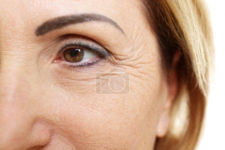 Photo pour Femme âgée visage, gros plan - image libre de droit
