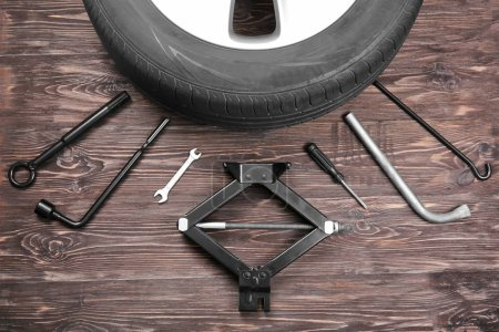 Car wheel with tools