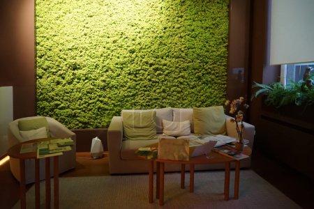 Photo pour Bel intérieur du salon de spa moderne - image libre de droit